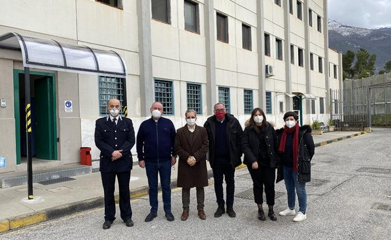 la caritas della diocesi di Cassano all'Jonio in visita al carcere